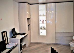 Шкаф в зал фасады эмаль глянец